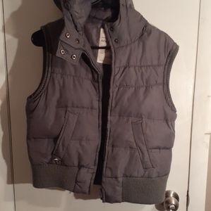 Aeropostale size XL grey vest